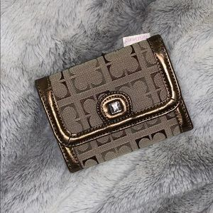 Liz Claiborne Wallet Trifold Card Holder